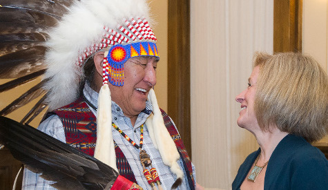 Alberta government and Blackfoot Confederacy sign a new relationship agreement
